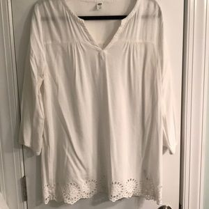 3/4 length sleeve white blouse